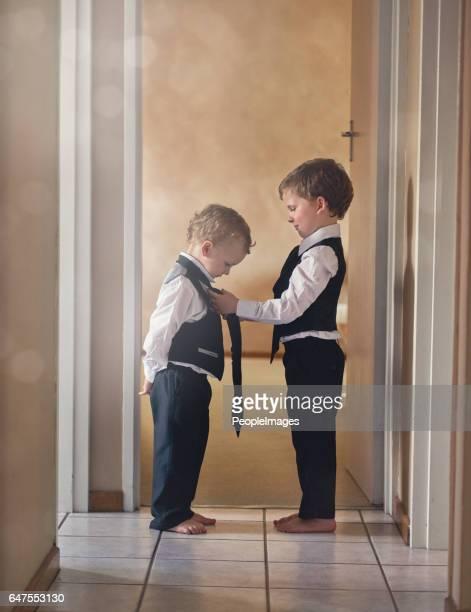 Broers zijn er om elkaar te helpen