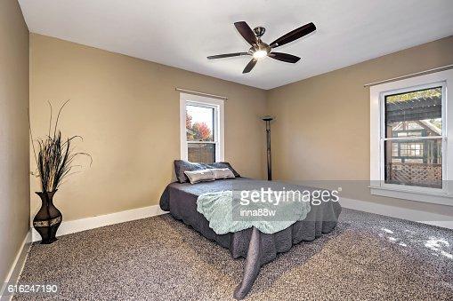 Brown and beige bedroom interior : Foto de stock