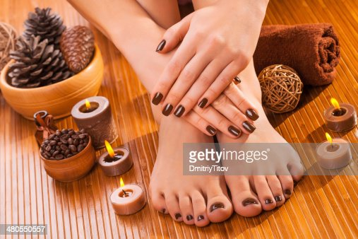 brown manicure e pedicure com bambu : Foto de stock