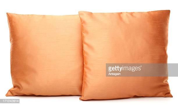 brown oreillers moelleux