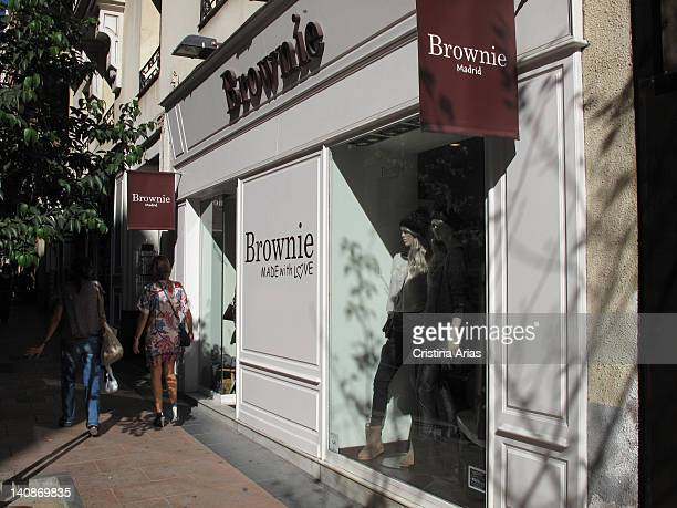 Brownie shop in Madrid a small and familiar Spanish fashion firm that started strongly in Barcelona and is characterized by the touch of freshness of...