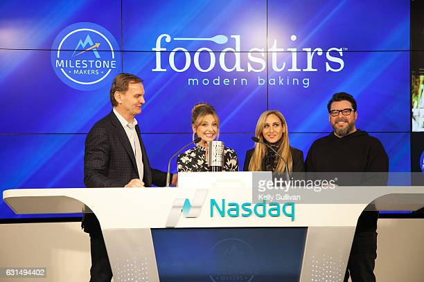 Bruce Aust Vice Chairman of Nasdaq and President of the Nasdaq Entrepreneurial Center presents the Nasdaq Closing Bell Crystal Award to Foodstirs...