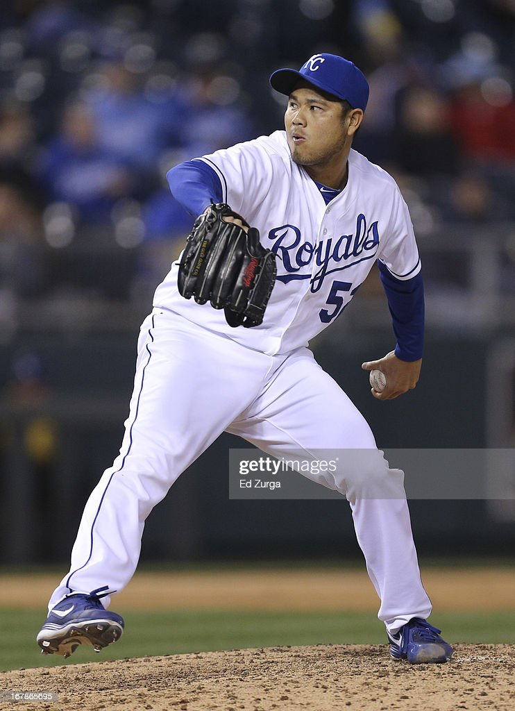 <a gi-track='captionPersonalityLinkClicked' href=/galleries/search?phrase=Bruce+Chen&family=editorial&specificpeople=213886 ng-click='$event.stopPropagation()'>Bruce Chen</a> #52 of the Kansas City Royals throws against the Tampa Bay Rays in the sixth inning at Kauffman Stadium on May 1, 2013 in Kansas City, Missouri.