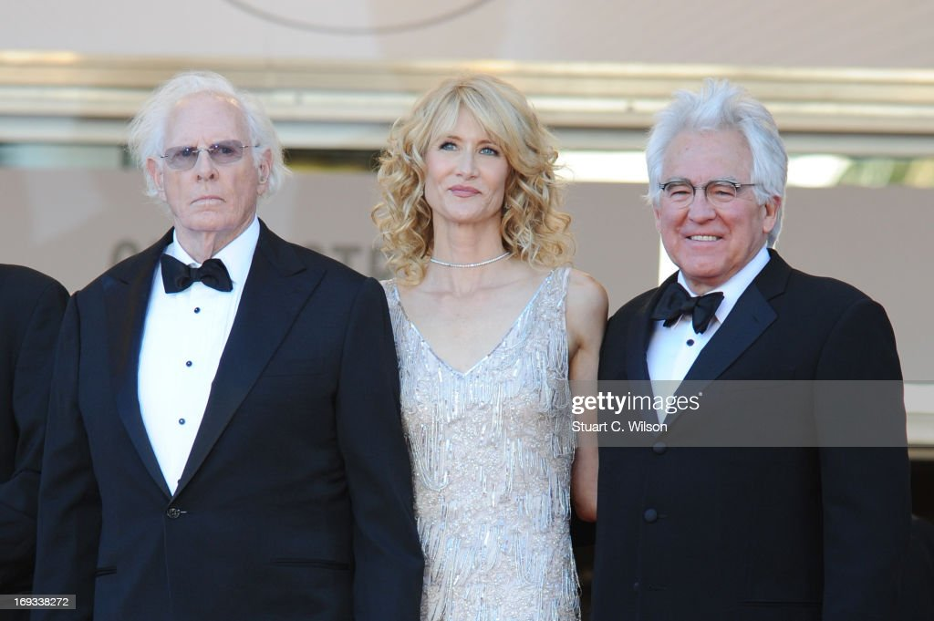 <a gi-track='captionPersonalityLinkClicked' href=/galleries/search?phrase=Bruce+Dern&family=editorial&specificpeople=239171 ng-click='$event.stopPropagation()'>Bruce Dern</a> (L) and <a gi-track='captionPersonalityLinkClicked' href=/galleries/search?phrase=Laura+Dern&family=editorial&specificpeople=204203 ng-click='$event.stopPropagation()'>Laura Dern</a> (C) attend the 'Nebraska' premiere during The 66th Annual Cannes Film Festival at the Palais des Festival on May 23, 2013 in Cannes, France.