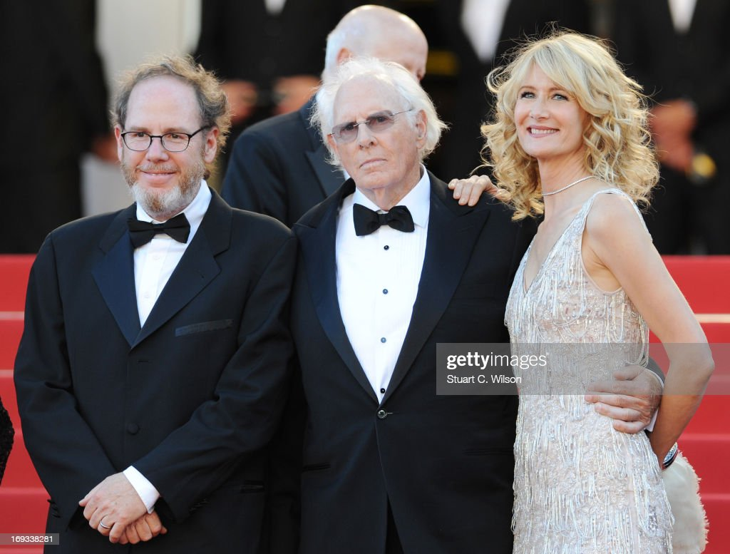 <a gi-track='captionPersonalityLinkClicked' href=/galleries/search?phrase=Bruce+Dern&family=editorial&specificpeople=239171 ng-click='$event.stopPropagation()'>Bruce Dern</a> (C) and <a gi-track='captionPersonalityLinkClicked' href=/galleries/search?phrase=Laura+Dern&family=editorial&specificpeople=204203 ng-click='$event.stopPropagation()'>Laura Dern</a> (R) attend the 'Nebraska' premiere during The 66th Annual Cannes Film Festival at the Palais des Festival on May 23, 2013 in Cannes, France.