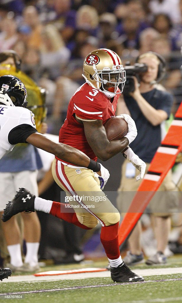 <a gi-track='captionPersonalityLinkClicked' href=/galleries/search?phrase=Bruce+Ellington&family=editorial&specificpeople=7405384 ng-click='$event.stopPropagation()'>Bruce Ellington</a> #3 of the San Francisco 49ers runs after making a reception during the game against the Baltimore Ravens at M&T Bank Stadium on August 7, 2014 in Baltimore, Maryland. The Ravens defeated the 49ers 23-3.
