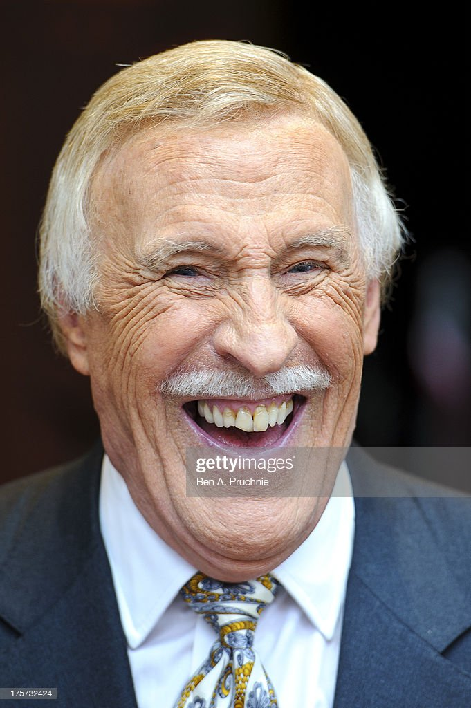 Bruce Forsyth Unveils Memorial Plaques At The Hippodrome Casino