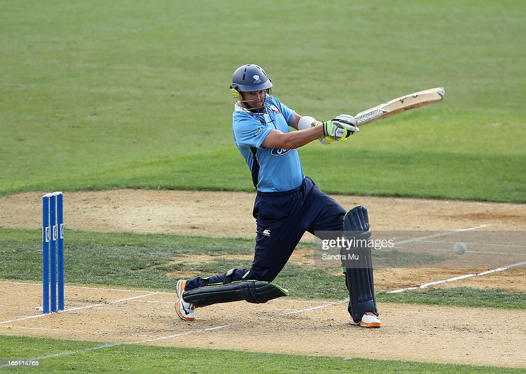 <a gi-track='captionPersonalityLinkClicked' href=/galleries/search?phrase=Bruce+Martin&family=editorial&specificpeople=226565 ng-click='$event.stopPropagation()'>Bruce Martin</a> of Auckland bats during the Ford Trophy Final match between Auckland and Canterbury at Eden Park on March 31, 2013 in Auckland, New Zealand.