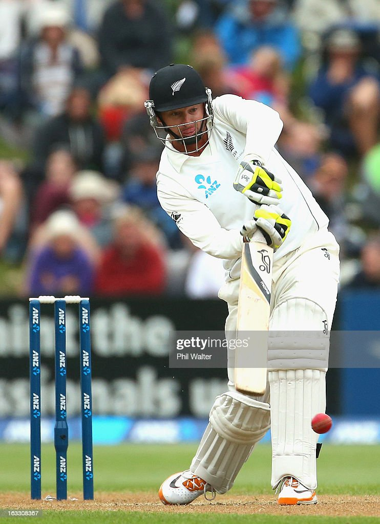 <a gi-track='captionPersonalityLinkClicked' href=/galleries/search?phrase=Bruce+Martin&family=editorial&specificpeople=226565 ng-click='$event.stopPropagation()'>Bruce Martin</a> of New Zealand bats during day three of the First Test match between New Zealand and England at University Oval on March 8, 2013 in Dunedin, New Zealand.
