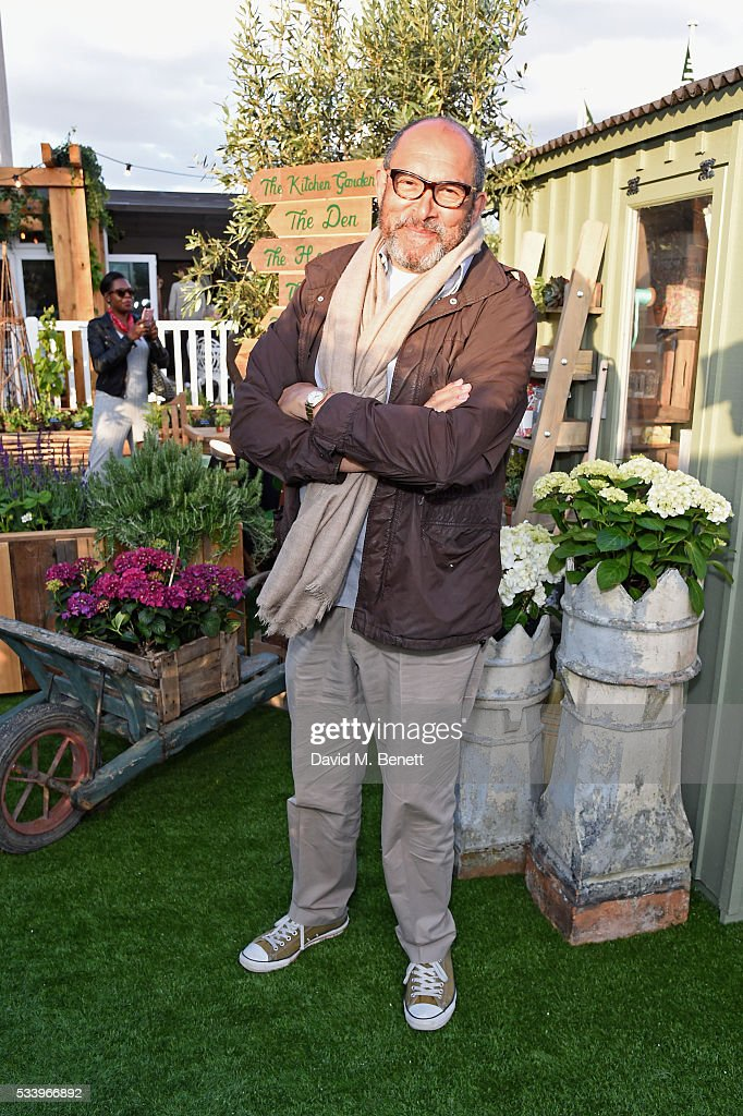 John lewis launches 39 the gardening society 39 getty images for Gardening tools john lewis