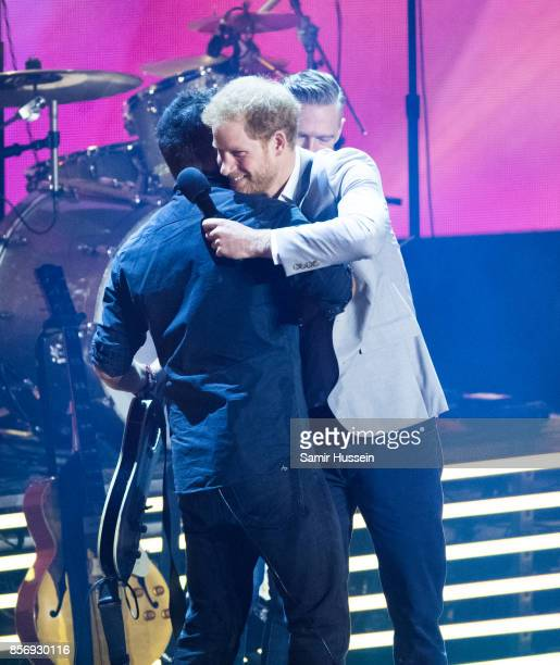 Bruce Springsteen and Prince Harry attend the Closing Ceremony on day 8 of the Invictus Games Toronto 2017 on September 30 2017 in Toronto Canada The...