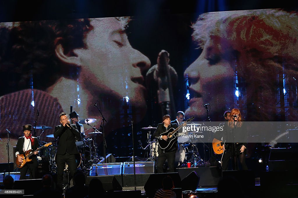 <a gi-track='captionPersonalityLinkClicked' href=/galleries/search?phrase=Bruce+Springsteen&family=editorial&specificpeople=123832 ng-click='$event.stopPropagation()'>Bruce Springsteen</a> and the E Street Band perform onstage at the 29th Annual Rock And Roll Hall Of Fame Induction Ceremony at Barclays Center of Brooklyn on April 10, 2014 in New York City.