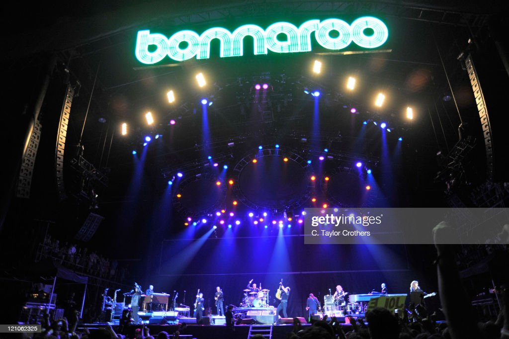 Bruce Springsteen and the E Street Band performs on stage during Bonnaroo 2009 on June 13, 2009 in Manchester, Tennessee.