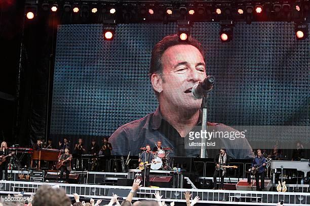 Bruce Springsteen and The EStreetBand 'Wrecking Ball'Tour Bruce Frederick Joseph Springsteen The EStreetBand besteht aus Garry W Tallent Max Weinberg...