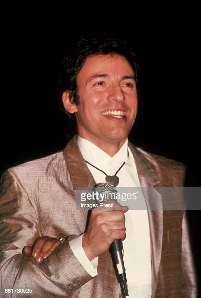 Bruce Springsteen attends the 2nd Annual Rock N Roll Hall of Fame Induction Ceremony circa 1987 in New York City