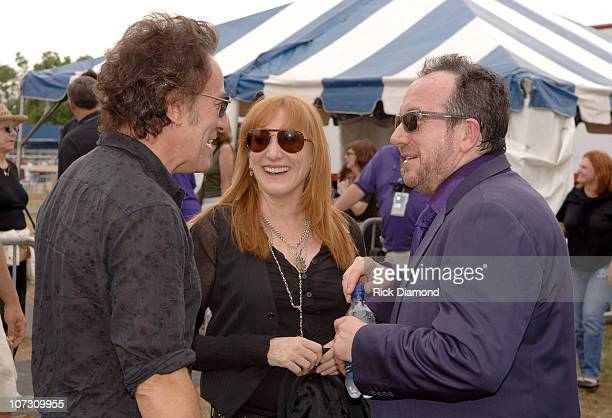 Bruce Springsteen Bruce's wife Patti Scialfa and Elvis Costello