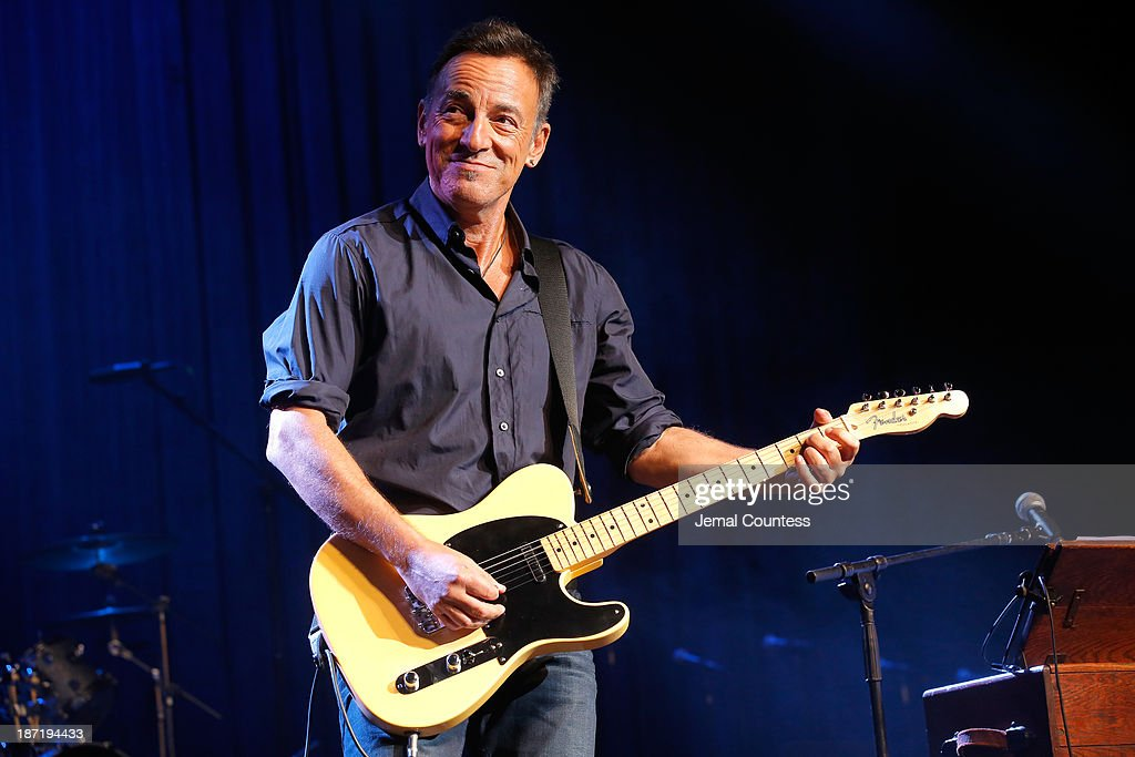 <a gi-track='captionPersonalityLinkClicked' href=/galleries/search?phrase=Bruce+Springsteen&family=editorial&specificpeople=123832 ng-click='$event.stopPropagation()'>Bruce Springsteen</a> performs at the 7th annual 'Stand Up For Heroes' event at Madison Square Garden on November 6, 2013 in New York City.