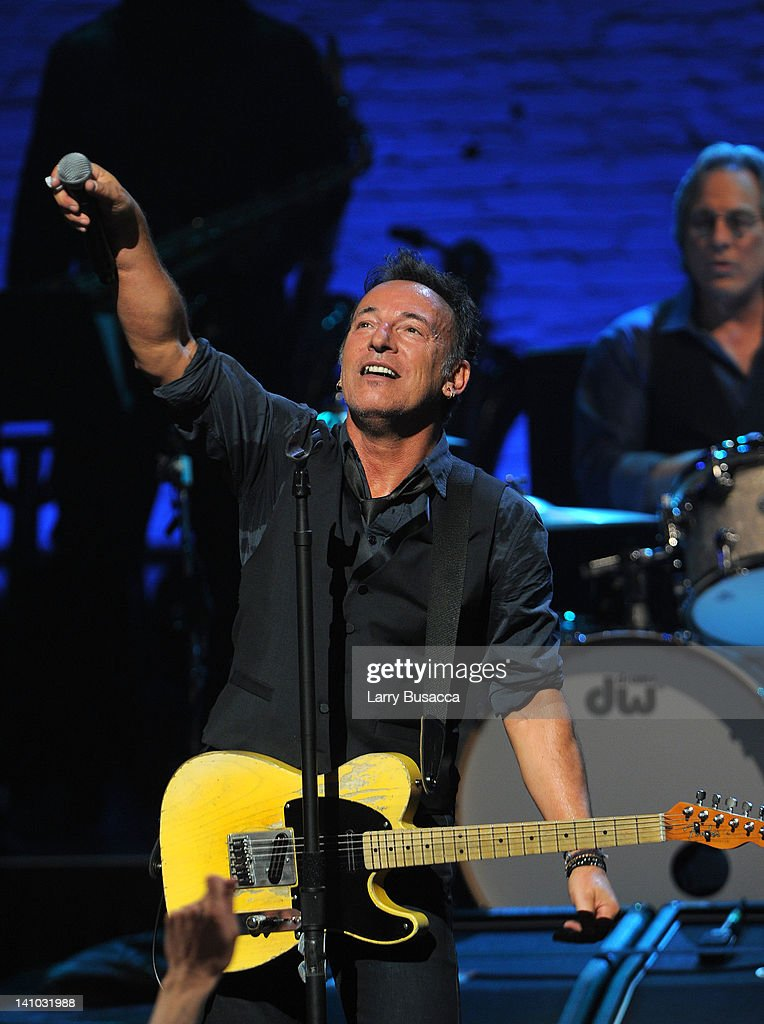 <a gi-track='captionPersonalityLinkClicked' href=/galleries/search?phrase=Bruce+Springsteen&family=editorial&specificpeople=123832 ng-click='$event.stopPropagation()'>Bruce Springsteen</a> performs during SiriusXM's concert celebrating 10 years of satellite radio at The Apollo Theater on March 9, 2012 in New York City.