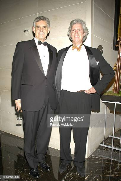 Bruce Stillman and Doug Sore attend Cold Spring Harbor Laboratory's Double Helix Medals Dinner at The Mandarin Hotel on November 6 2008 in New York...