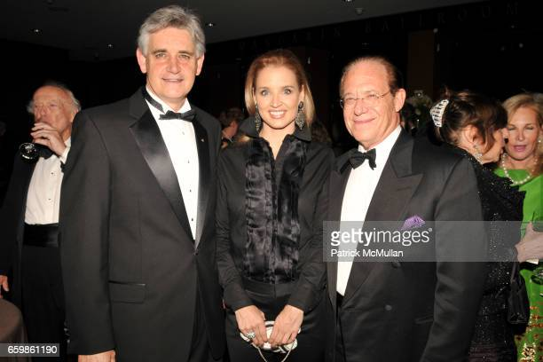 Bruce Stillman Laurie Dhue and Bill Hazelton attend COLD SPRING HARBOR LABORATORY Double Helix Medal Dinner at Mandarin Oriental on November 10 2009...