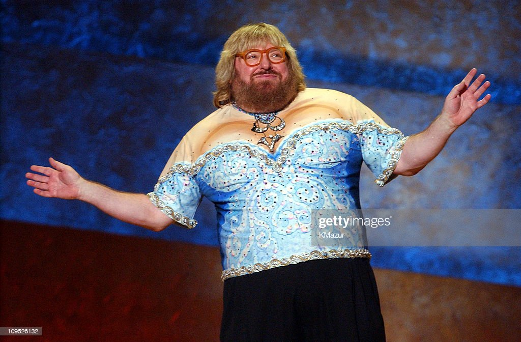 Bruce Vilanch impersonates Linda Tripp; 'On Stage at the Kennedy Center: The Mark Twain Prize' will air November 21, at 9 p.m. on PBS.