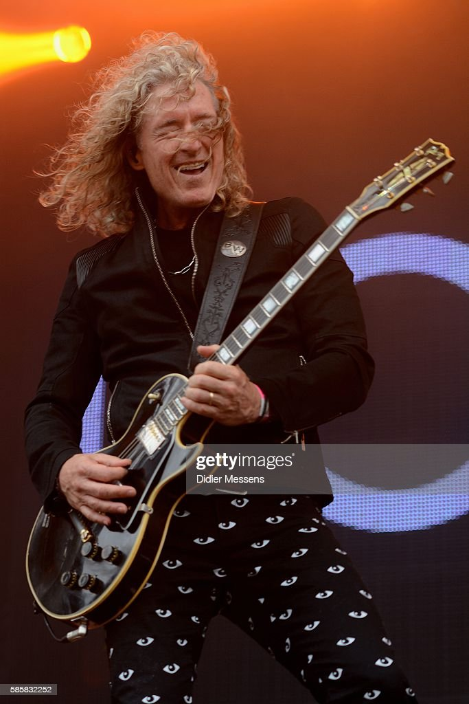 Bruce Watson of foreigner performs during the second day of the Wacken Open Air festival on August 4 2016 in Wacken Germany