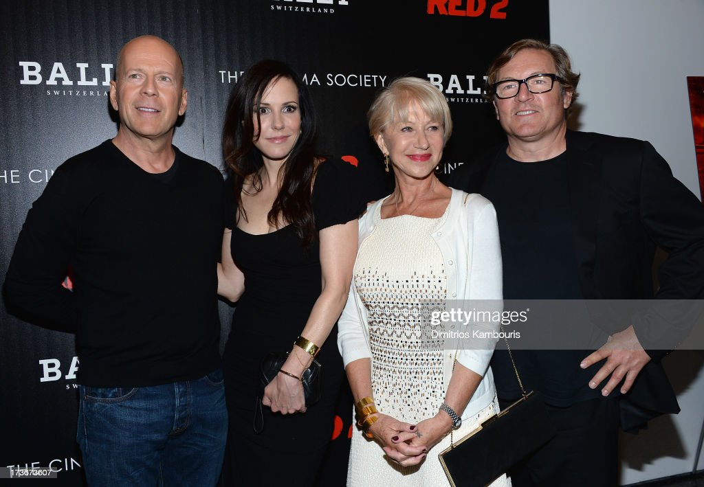 <a gi-track='captionPersonalityLinkClicked' href=/galleries/search?phrase=Bruce+Willis&family=editorial&specificpeople=202185 ng-click='$event.stopPropagation()'>Bruce Willis</a>, <a gi-track='captionPersonalityLinkClicked' href=/galleries/search?phrase=Mary-Louise+Parker&family=editorial&specificpeople=208766 ng-click='$event.stopPropagation()'>Mary-Louise Parker</a>, <a gi-track='captionPersonalityLinkClicked' href=/galleries/search?phrase=Helen+Mirren&family=editorial&specificpeople=201576 ng-click='$event.stopPropagation()'>Helen Mirren</a> and <a gi-track='captionPersonalityLinkClicked' href=/galleries/search?phrase=Lorenzo+di+Bonaventura&family=editorial&specificpeople=843530 ng-click='$event.stopPropagation()'>Lorenzo di Bonaventura</a> attend The Cinema Society & Bally screening of Summit Entertainment's 'Red 2' at the Museum of Modern Art on July 16, 2013 in New York City.