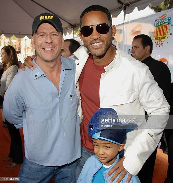 Bruce Willis Will Smith and Jaden Smith during Nickelodeon's 19th Annual Kids' Choice Awards Orange Carpet at Pauley Pavilion in Westwood California...