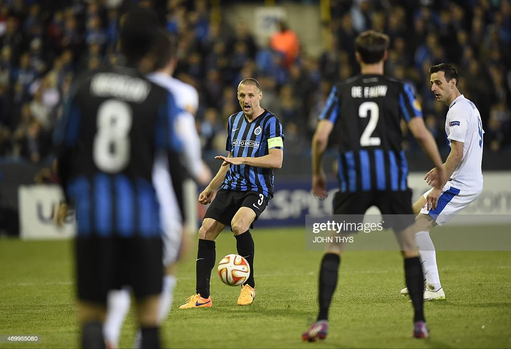 Brugge's captain <a gi-track='captionPersonalityLinkClicked' href=/galleries/search?phrase=Timmy+Simons&family=editorial&specificpeople=794114 ng-click='$event.stopPropagation()'>Timmy Simons</a> controls the ball during the UEFA Europa League quarter-final football match between Club Brugge and Dnipro at Jan Breydel stadium in Bruges, on April 16, 2015.