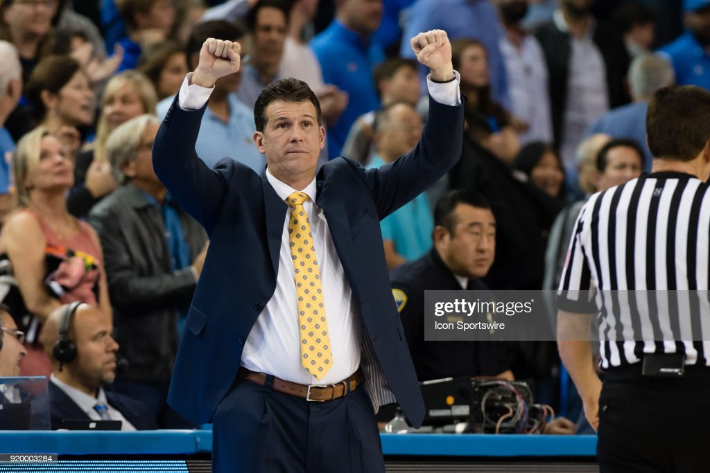 Bruins head coach Steve Alford signals a play during the game between the Oregon Ducks and the UCLA Bruins on February 17, 2018, at Pauley Pavilion in Los Angeles, CA.