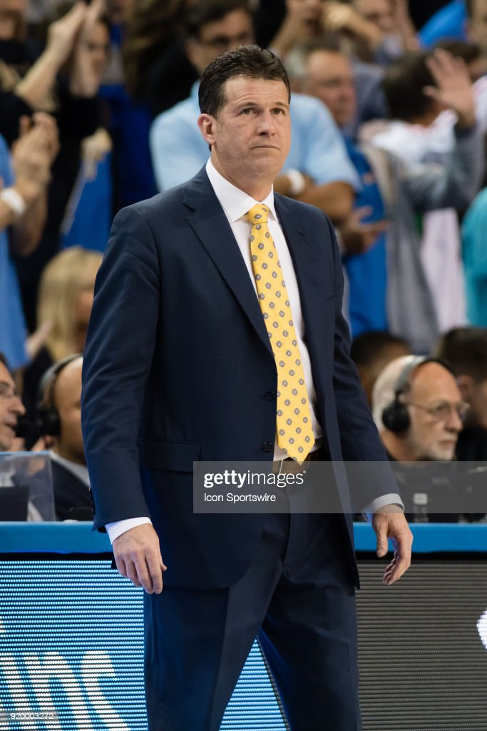 Bruins head coach Steve Alford turns away after a change in possession during the game between the Oregon Ducks and the UCLA Bruins on February 17, 2018, at Pauley Pavilion in Los Angeles, CA.