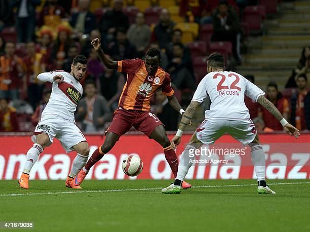Bruma of Galatasatay in action against Da Costa of Sivasspor during the Ziraat Turkish Cup semifinal 1st match between Galatasaray and Sivasspor at...