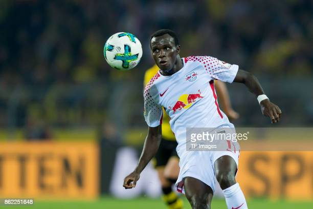 Bruma of Leipzig controls the ball during the Bundesliga match between Borussia Dortmund and RB Leipzig at Signal Iduna Park on October 14 2017 in...
