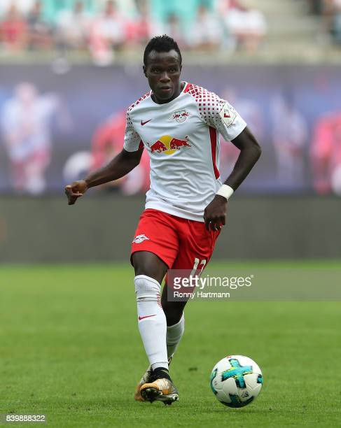 Bruma of Leipzig runs with the ball during the Bundesliga match between RB Leipzig and SportClub Freiburg at Red Bull Arena on August 27 2017 in...