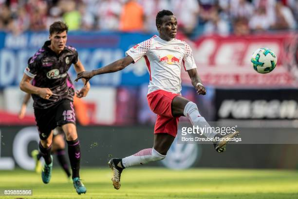 Bruma of RB Leipzig controls the ball during the Bundesliga match between RB Leipzig and SportClub Freiburg at Red Bull Arena on August 27 2017 in...