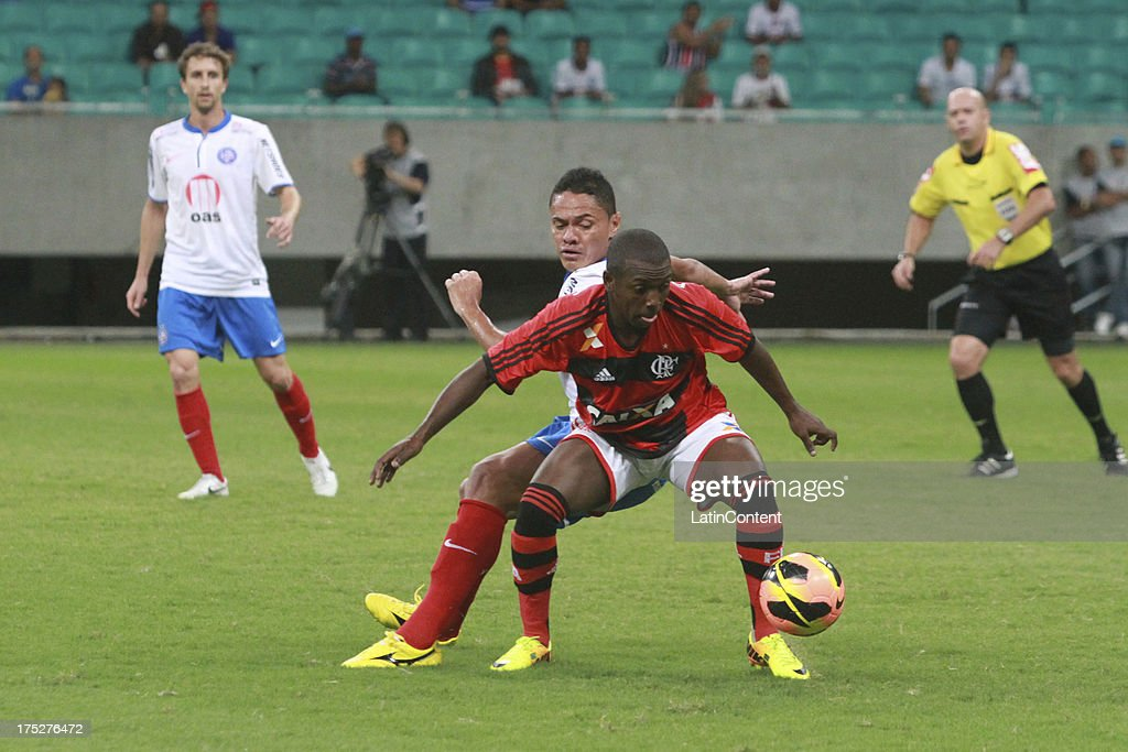 Bruninho of Flamengo competes for the ball during a match between Flamengo and Bahia as part of the Brazilian Serie A Championship at Arena Fonte Nova Stadium on July 31, 2013 in Salvador, Brasil.