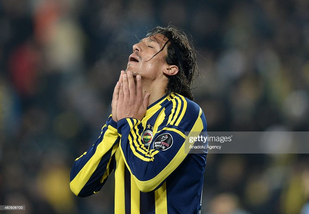 <a gi-track='captionPersonalityLinkClicked' href=/galleries/search?phrase=Bruno+Alves&family=editorial&specificpeople=2149132 ng-click='$event.stopPropagation()'>Bruno Alves</a> of Fenerbahce reacts after a position during the Turkish Spor Toto Spor League soccer match between Fenerbahce and Trabzonspor at Sukru Saracoglu Stadium in Istanbul, Turkey on February 07, 2015.