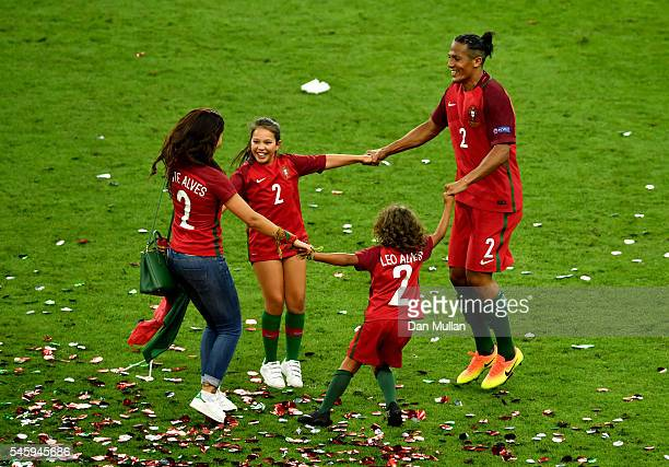 Bruno Alves of Portugal celebrates his team's 10 win against France with family after the UEFA EURO 2016 Final match between Portugal and France at...