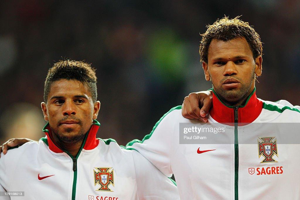 ¿Cuánto mide Eliseu Pereira? Bruno-alves-of-portugal-looks-on-alongside-eliseu-of-portugal-during-picture-id129158013