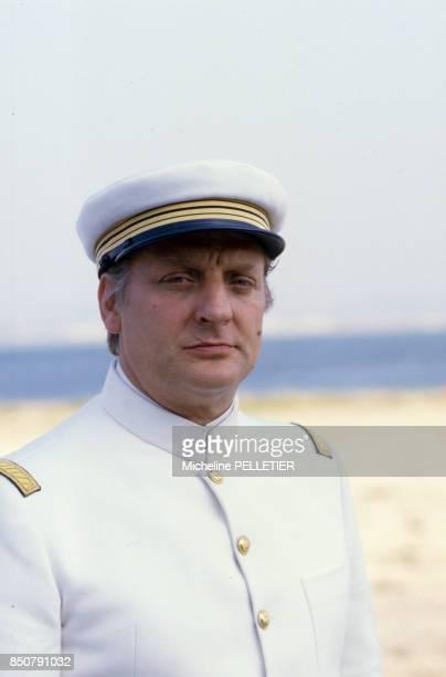 Bruno Cremer lors du tournage du film 'Le Matelot 512' réalisé par René Allio le 26 juin 1984 à Lorient France