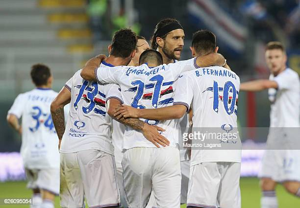 Bruno Fernandes of Sampdoria celebrates after scoring his team's equalizing goal during the Serie A match between FC Crotone and UC Sampdoria at...