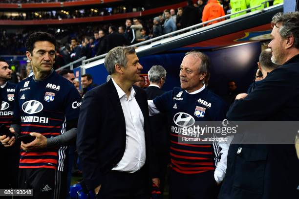 Bruno Genesio and Bernard Lacombe of Lyon during the Ligue 1 match between Olympique Lyonnais and OGC Nice at Stade des Lumieres on May 20 2017 in...