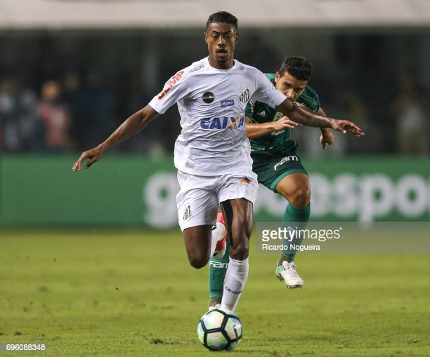Bruno Henrique of Santos kicks the ball during the match between Santos and Palmeiras as a part of Campeonato Brasileiro 2017 at Vila Belmiro Stadium...
