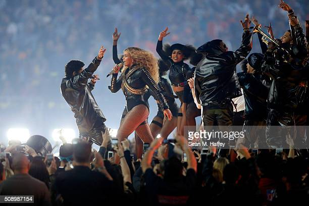 Bruno Mars and Beyonce perform during the Pepsi Super Bowl 50 Halftime Show at Levi's Stadium on February 7 2016 in Santa Clara California