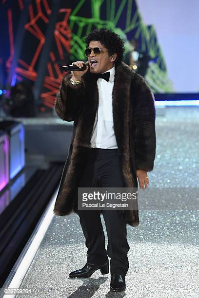 Bruno Mars performs during the Victoria's Secret Fashion Show on November 30 2016 in Paris France