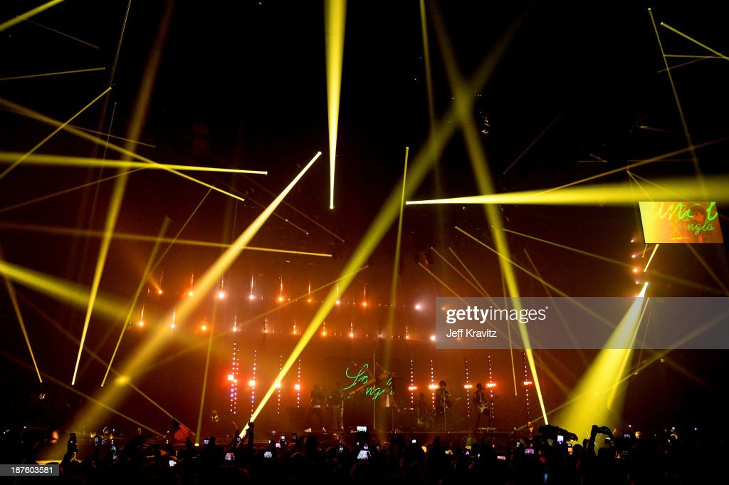 <a gi-track='captionPersonalityLinkClicked' href=/galleries/search?phrase=Bruno+Mars&family=editorial&specificpeople=6779692 ng-click='$event.stopPropagation()'>Bruno Mars</a> performs onstage during the MTV EMA's 2013 at the Ziggo Dome on November 10, 2013 in Amsterdam, Netherlands.