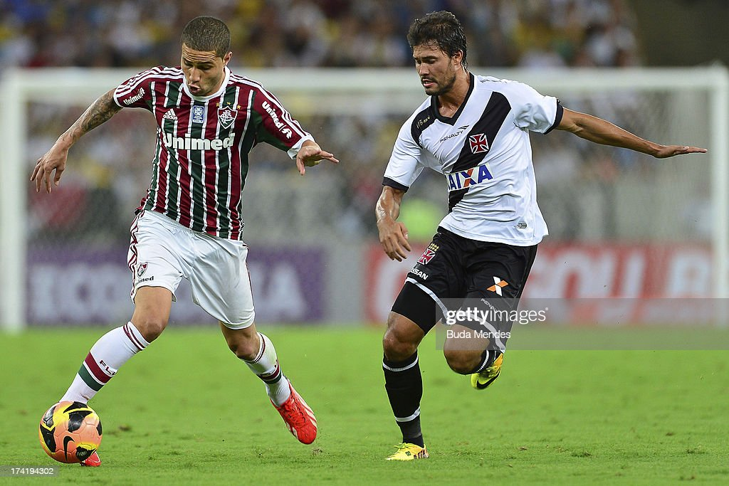 Bruno (L) of Fluminense struggles for the ball during a match between Fluminense and Vasco as part of Brazilian Championship 2013 at Maracana Stadium on July 21, 2013 in Rio de Janeiro, Brazil.