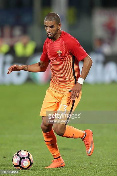 Bruno Peres of AS Roma in action during the Serie A match between ACF Fiorentina and AS Roma at Stadio Artemio Franchi on September 18 2016 in...
