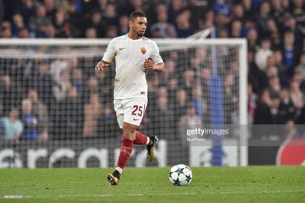 Bruno Peres of Roma during the UEFA Champions League match between Chelsea v AS Roma at Stamford Bridge Stadium, London, United Kingdom on 18 October 2017.