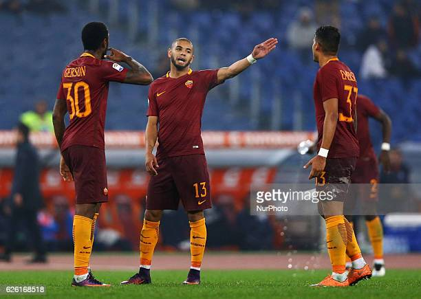 Bruno Peres talking with Gerson and Emerson Palmieri of AS Roma during the Serie A match between AS Roma and Pescara Calcio at Stadio Olimpico on...